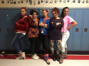 Spirit Week Manic Monday - Flashback to the 80s!